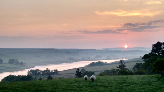 baldersdale-pennine-way-sunrise-blackton