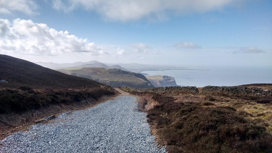 llyn gwynedd wales coast path