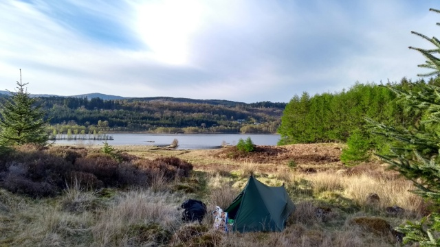 camping in glen garry scottish highlands