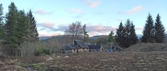 cottages in the scottish highlands