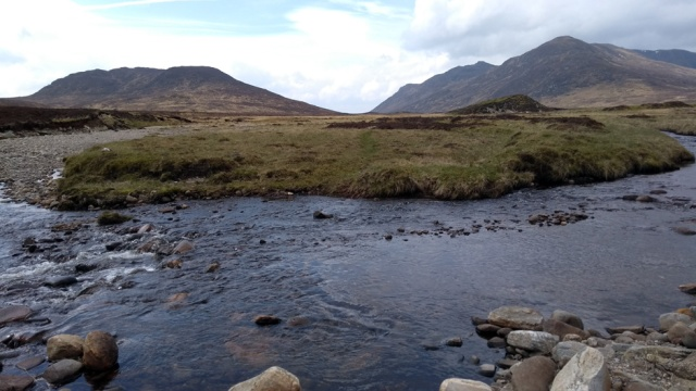 glen-banchor-river-crossing