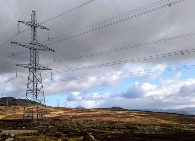 pylons-before-aberfeldy