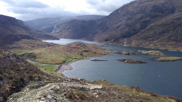 highlands bothy glencoul view walking