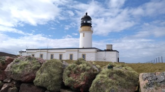 cape-wrath-lighthouse-wall-scotland
