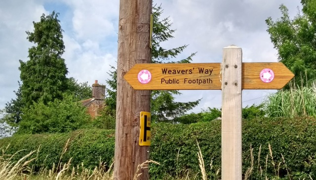 weavers way norfolk england walking trail