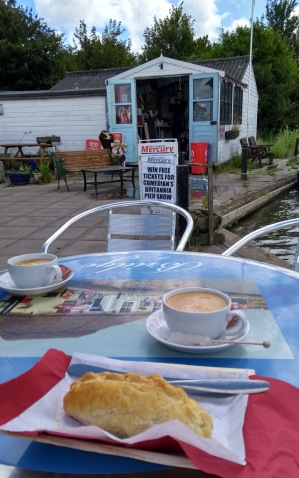 acle-bridge-cafe-norfolk-broads