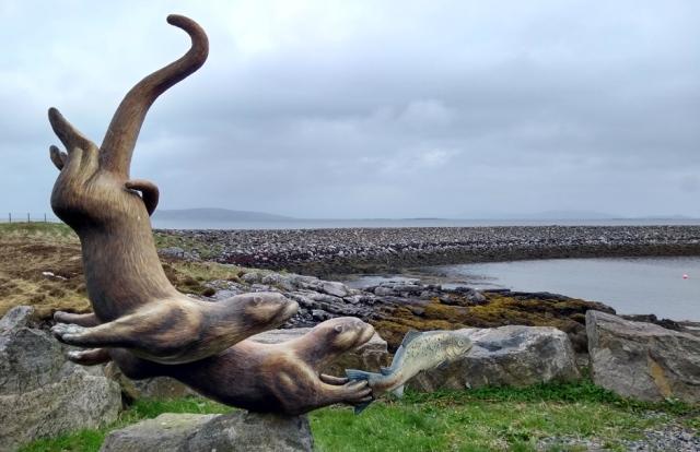 barra-otter-sculpture-ferry-terminal