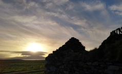 berneray-outer-hebrides-dawn-sun