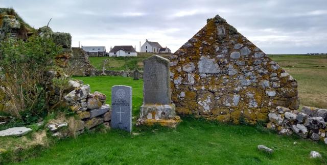 howmore chapels