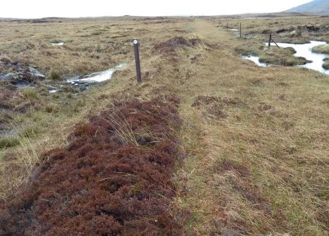 south-uist-raised-turf-path2