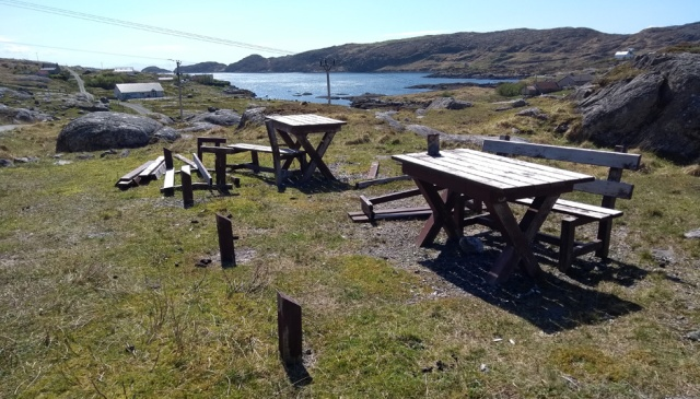 harris-hebrides-benches