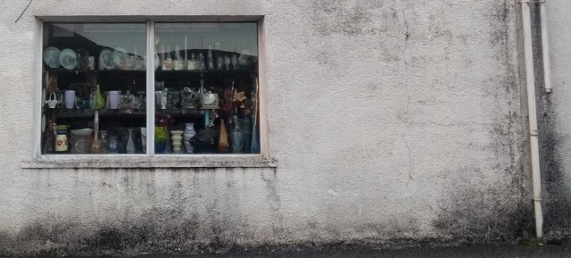 harris-hebrides-tarbert-shop