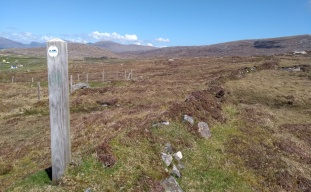 hebridean-way-harris-waymarker