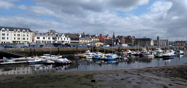 stornoway-lewis-outer-hebrides-scotland