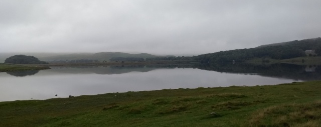 malham-tarn-pennine-way-yorkshire