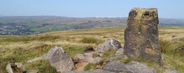 aiggin stone ancient waymarker pennine way lancashire