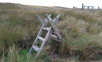 abandoned-ladder-stile-pennine-way