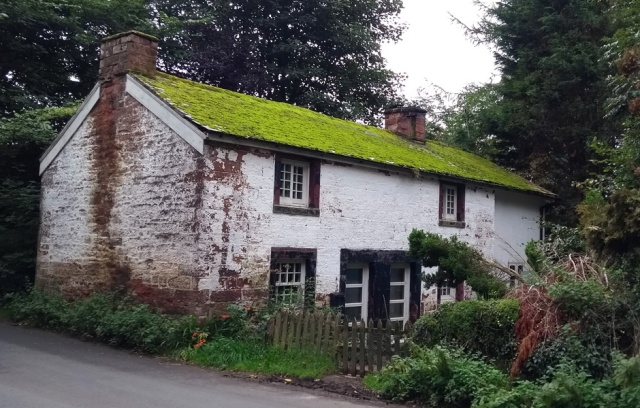 dufton-green-roof-cottage-cumbria