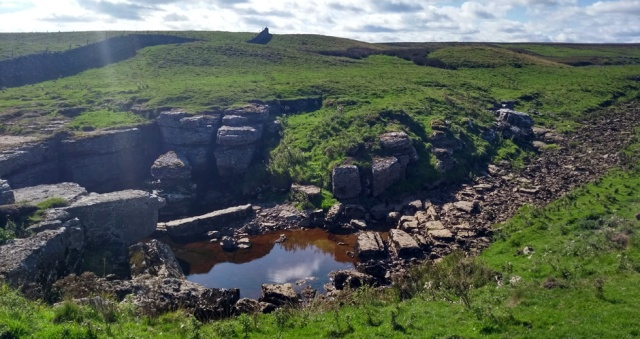 gods-bridge-pennine-way