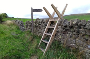 knarsdale-ladder-stile-pennine-way