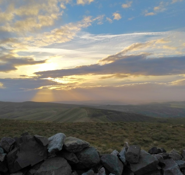windy-gyle-view-pennine-way