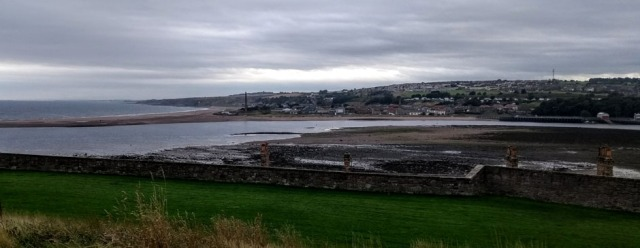 berwick-harbour-path