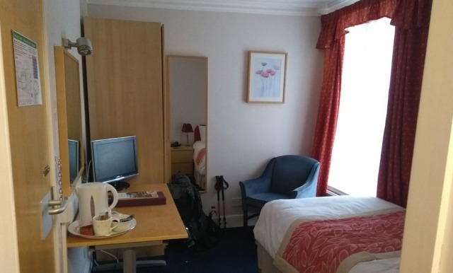 hotel-before