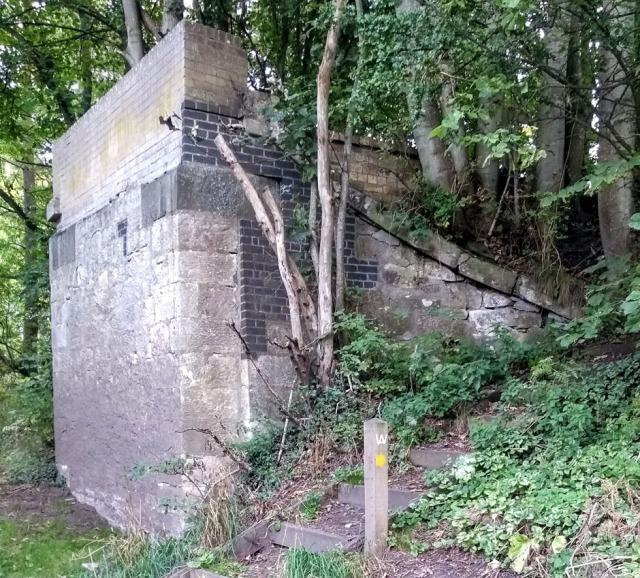 old-ormiston-railway-line-path