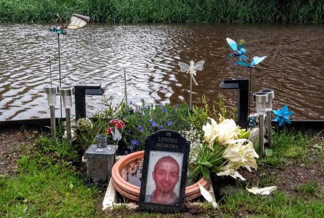 c2c-trent-mersey-canal-memorial