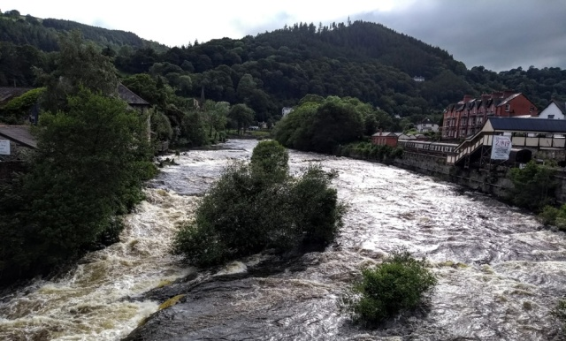 c2c-llangollen-river-dee